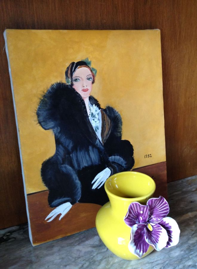 I am a sucker for vintage paintings and prints of glamorous ladies. Even if their hands are as badly drawn as this one.