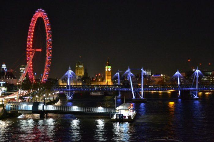 Vista nocturna de Londres