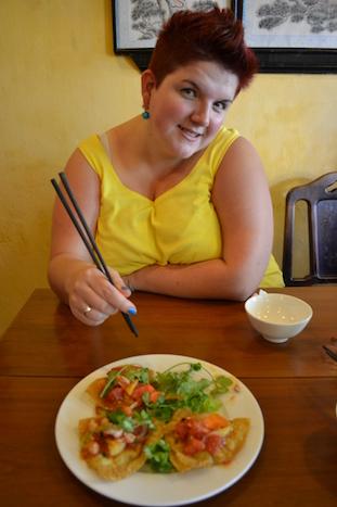 Wontons fritos con gambas en la cafetería Miss Ly en Hoi An (Viaje a Hoi An en coche con chófer)