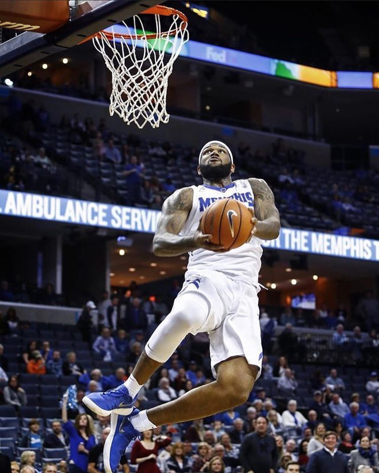 Former Memphis forward Mike Parks Jr. is headed to England to play for the Worcester Wolves