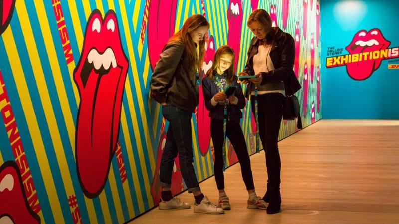 Exhibitionism Gallery Image 8