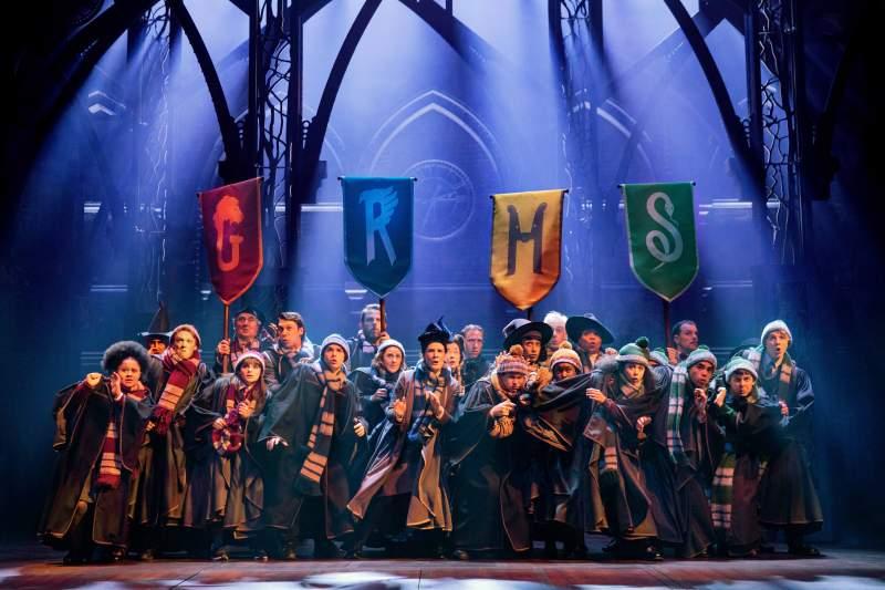 3. The Australian company of Harry Potter and the Cursed Child. Photo Matt Murphy._0769