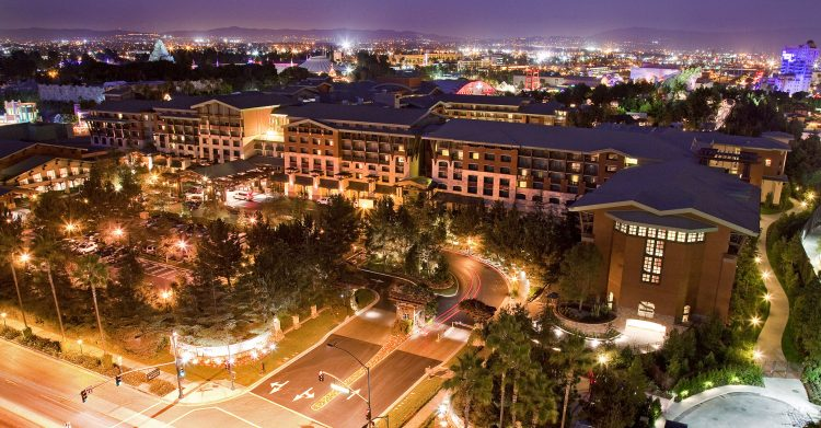 Disneys-Grand-Californian-Hotel-750x391