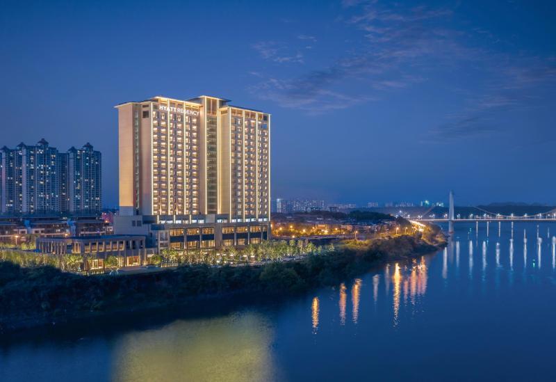 Hotel Exterior 酒店外景__thumbnail_2
