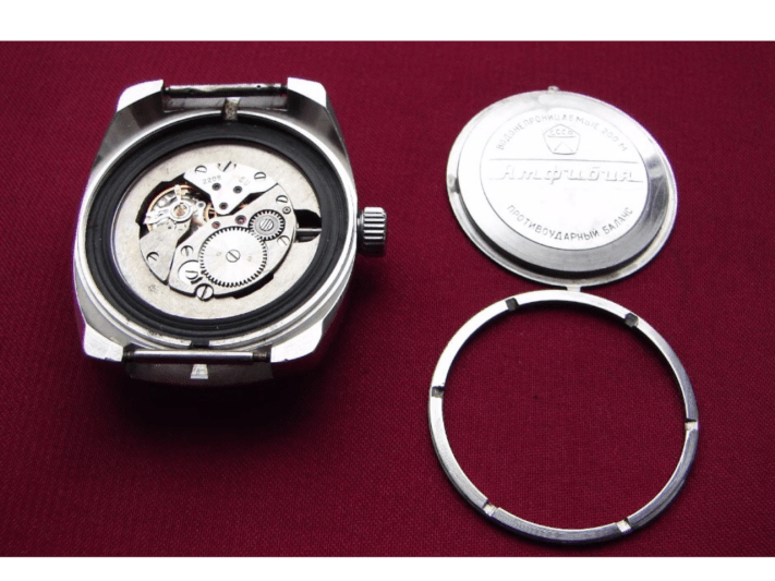 Caseback removed from the Vostok Amphibia