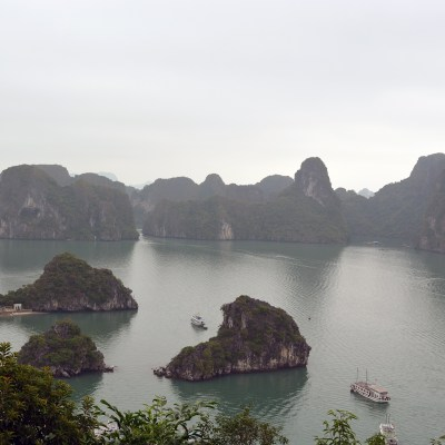 Boat tour in Ha Long Bay, Vietnam