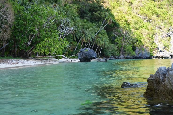 Kayaking around, Pasandigan Cove, Cadlao Island