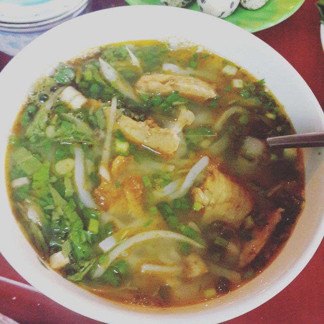 banh canh ca loc Hue thenomadqueen