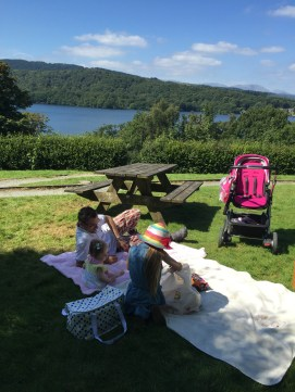 Daddy took some time off work and we went for a picnic in the lakes.