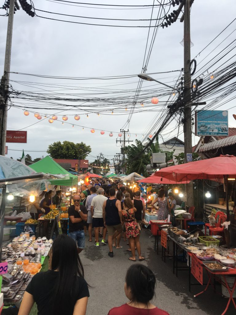 koh samui sunday night market , koh samui food market, koh samui market chaweng, koh samui chaweng night market, night market koh samui, nathon market koh samui, nathon night market koh samui, things to do in koh samui, koh samui beach