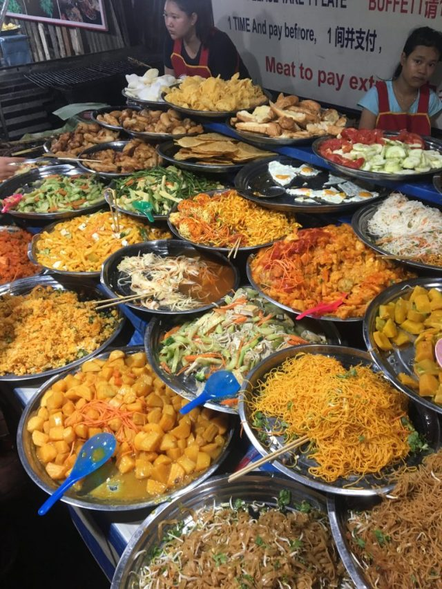 where to eat in Luang Prabang? the night markets