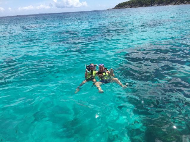 Phi Phi island overnight stay snorkelling