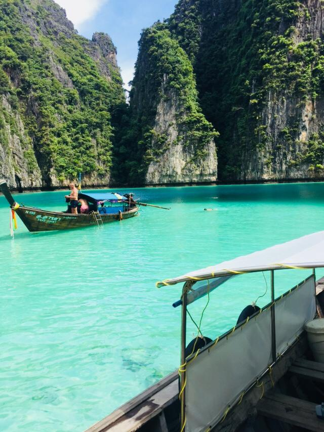private boat tour phi phi, things to do phi phi, phi phi things to do, what to do in phi phi, phi phi island, phi phi island village beach resort, phi phi island hotels, phi phi island thailand, phi phi island tour, how to get to phi phi island, ko phi phi island, koh phi phi island, bangkok to phi phi island, phi phi island beach resort