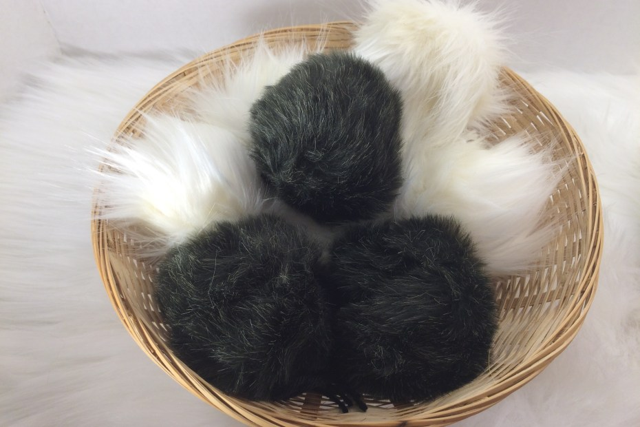 How to make your own faux fur pom poms