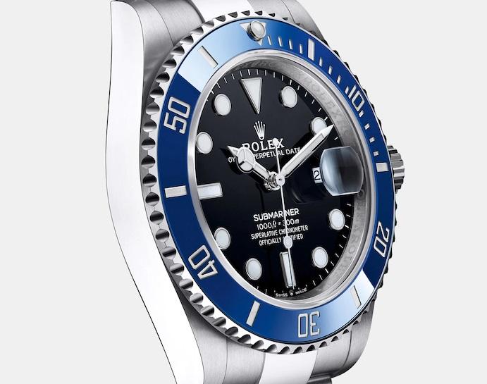 new-submariner black blue bezel