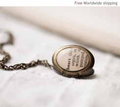 Gorgeous locket- please?