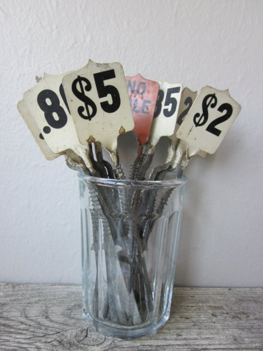 I would love to put these fun register price flags around my home