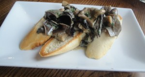 Mushrooms in Stilton sauce on toast