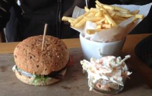 Burger Platter at Oscars