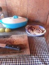 Clean Basic Kitchen: GOOD