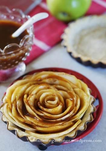 apple rose tart with caramel sauce