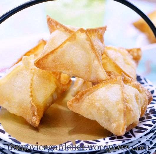 chicken cordon bleu wontons | fiestafriday.net