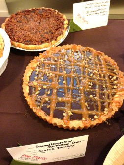 Caramel-Chocolate-Shortbread-Pie-Party-GE
