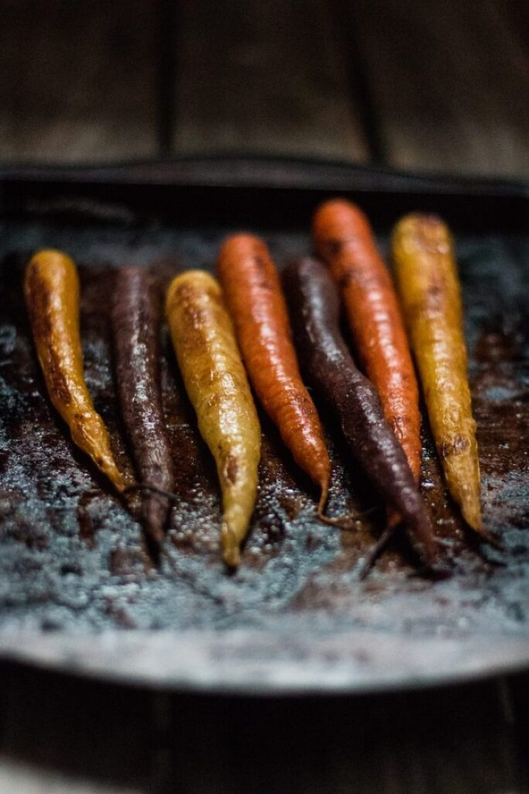 Simple and delicious Orange-Roasted Carrots | www.thenutfreevegan.net