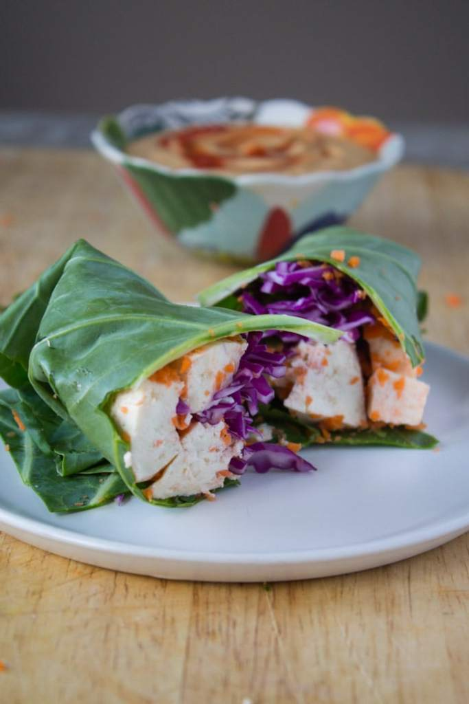 Collard-Green-Wraps-with-Tofu-and-Thai-Peanut-Sauce-4