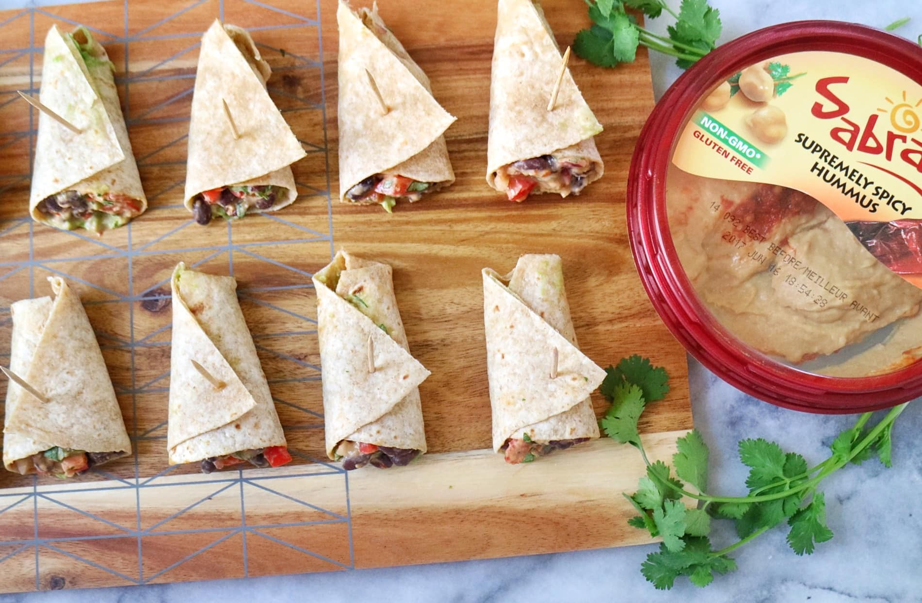 Mini Hummus Black Bean Burritos | The Nutrition Adventure