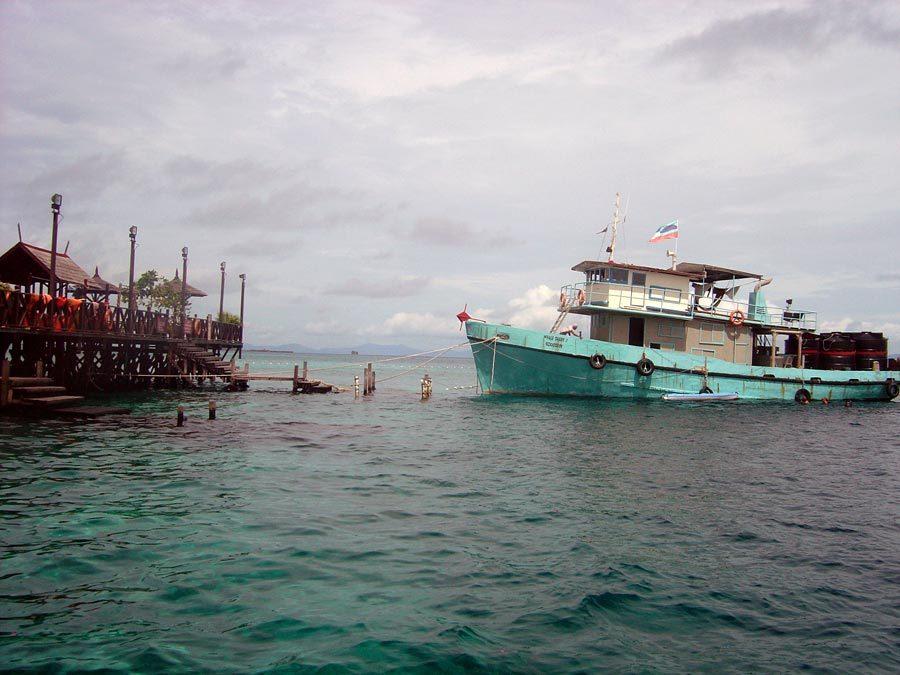 Sipadan Kapalai Resort Boat