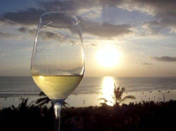 Kuta Sunset Wine