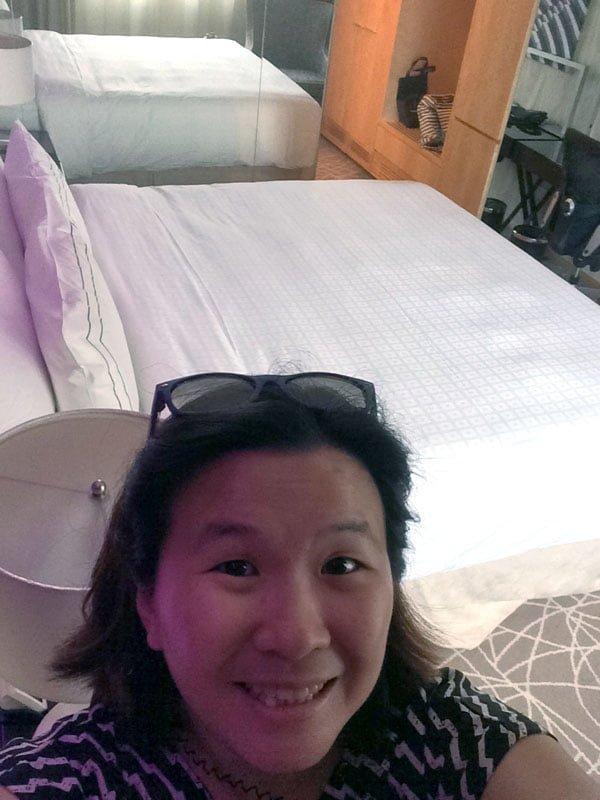 Rendezvous Hotel SG - Room Selfie