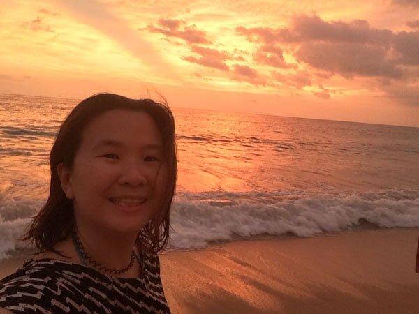 Holiday Inn Phuket Mai Khao Sunset Orange