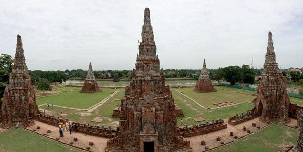 Ayuthaya - Wat Chaiwatanaram panorama view