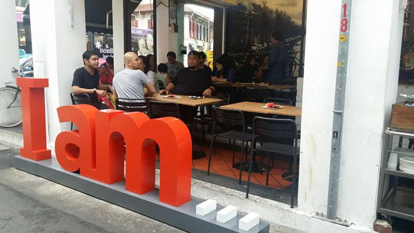 Cafes in Singapore - I Am