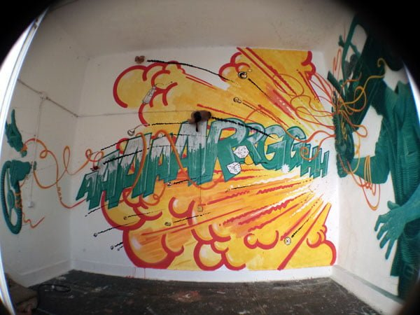 Portugal - Lagos Street Art LAC taxi driver