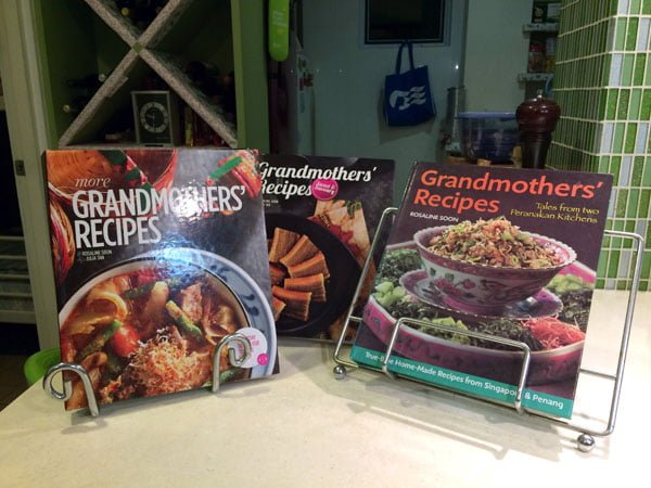 Traveling Spoon - Grandmothers Recipe Books