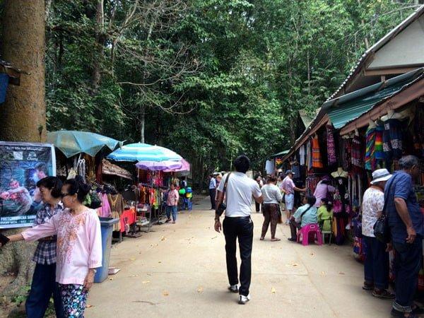 Koh Samui - RNavigator Namuang Waterfall Shops