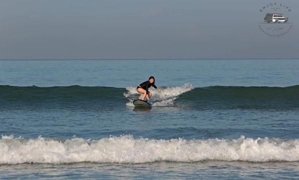 Bali Indasurf Surfing