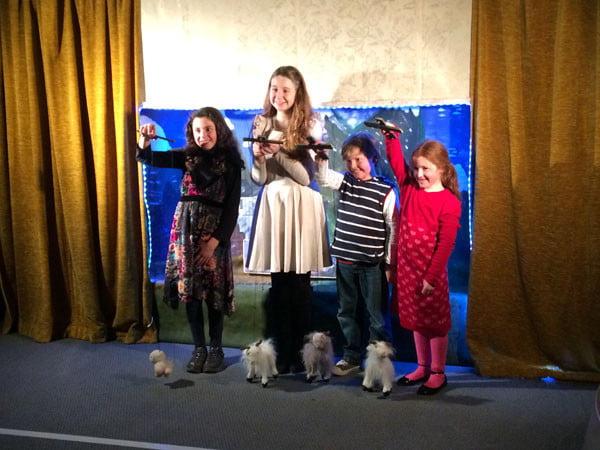 Gippsland Walhalla Vinter Ljustfest Puppet Show
