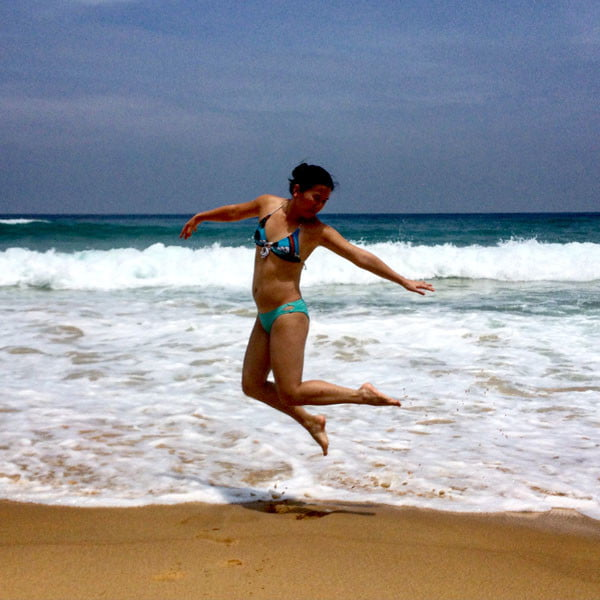 Phuket Moevenpick Resort Karon Beach Jumpshot