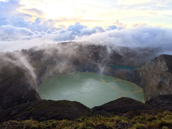 Ende Kelimutu Green Sunrise