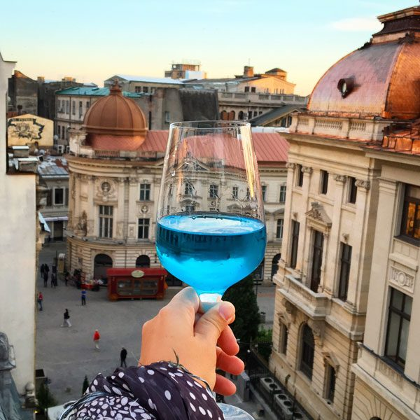 Bucharest Pura Vida Blue Wine