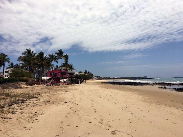 Galapagos Isabela Casa Rosada