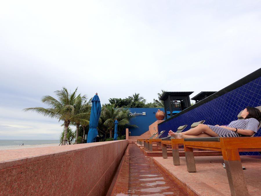 Hua Hin Radisson Beachfront Deckchairs