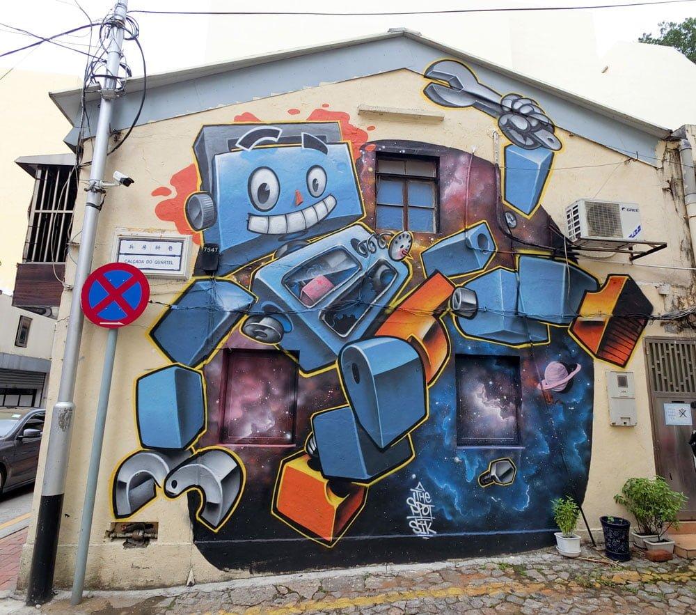 Macao Street Art Taipa Sik Robot