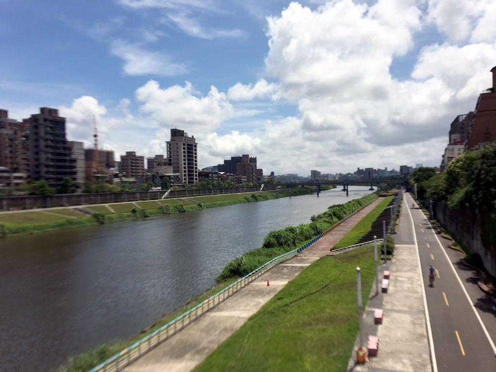 Taipei Cycling Riverside Songshan