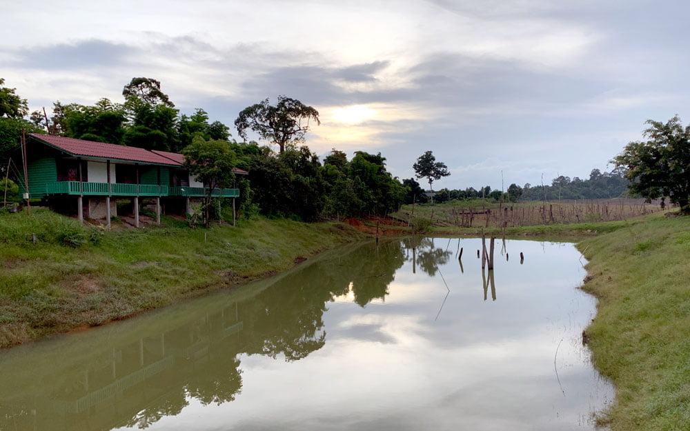 Laos Phosy Thalang Bungalows