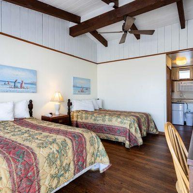 ocean house hotel motel poolside oceanfront